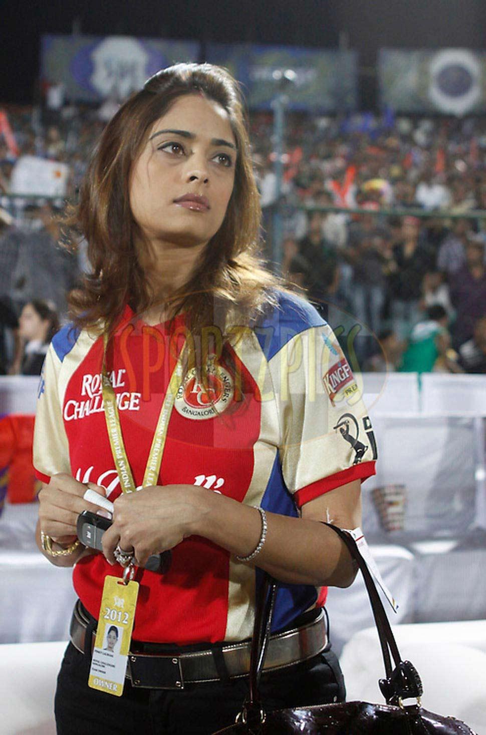 know about vijay mallya pinky lalwani relation