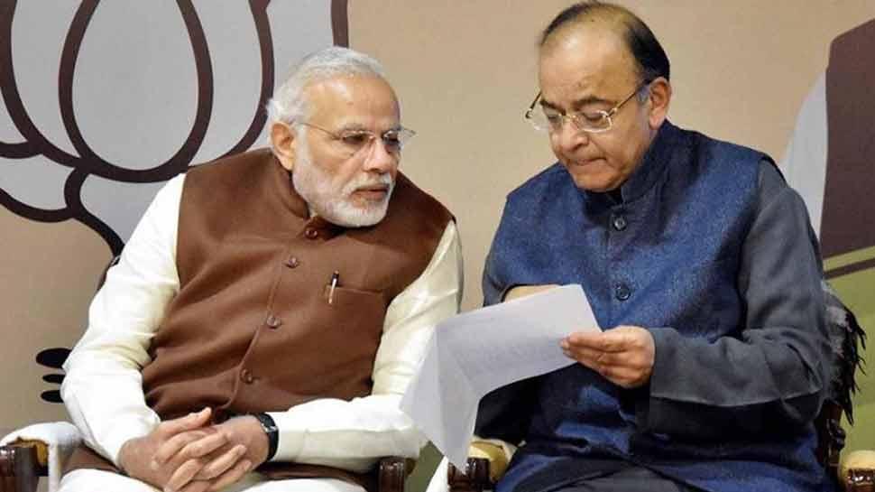 GST रेवेन्यू बढ़ा तो और राहत देगी सरकार, फिर से सस्ती हो सकती हैं कई वस्तुएं!