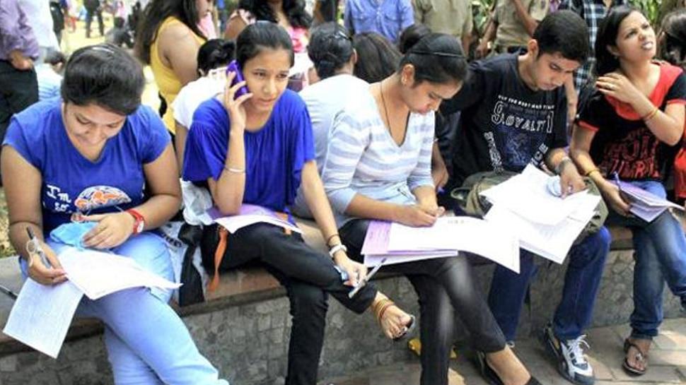 Board Exams 2019: तनावमुक्त होकर करें परीक्षा की तैयारी, जल्दी याद होगा सिलेबस