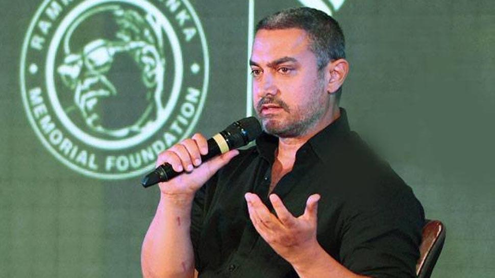 ठाकरे की बायोपिक के सामने एक और फिल्म हटी, आमिर बोले- महाराष्ट्र में बाला साहब से बड़ा कोई स्टार नहीं