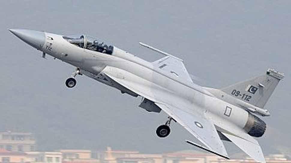 भारत में है रफाल पर विवाद, पाकिस्तान खरीद रहा JF-17 जेट