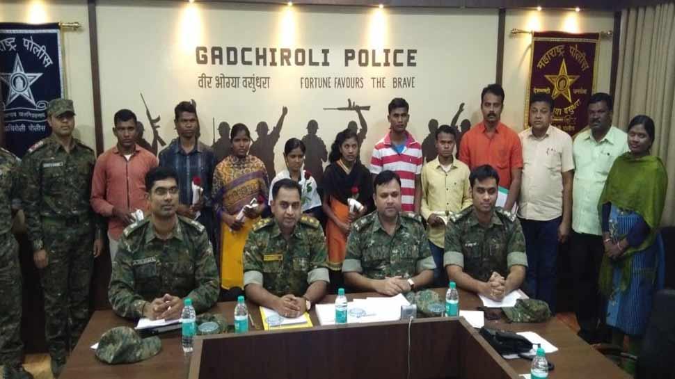 महाराष्ट्र: 31 लाख इनामी सात नक्सलियों ने गढ़चिरौली में किया आत्मसमर्पण