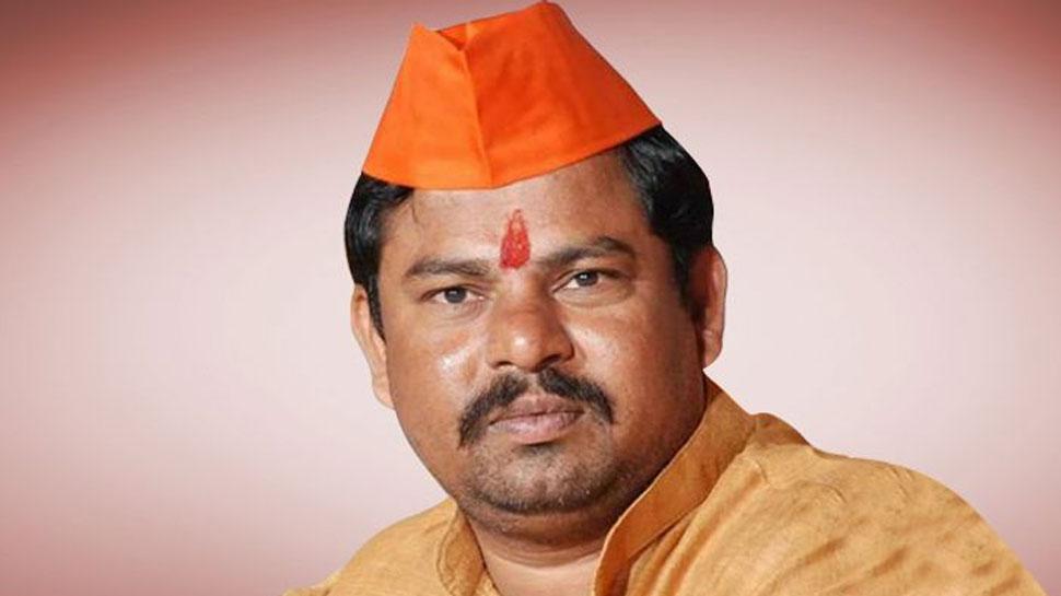 BJP विधायक का प्रोटेम स्पीकर के सामने शपथ ग्रहण से इनकार, 'इनकी पार्टी करती है वंदे मातरम का विरोध'