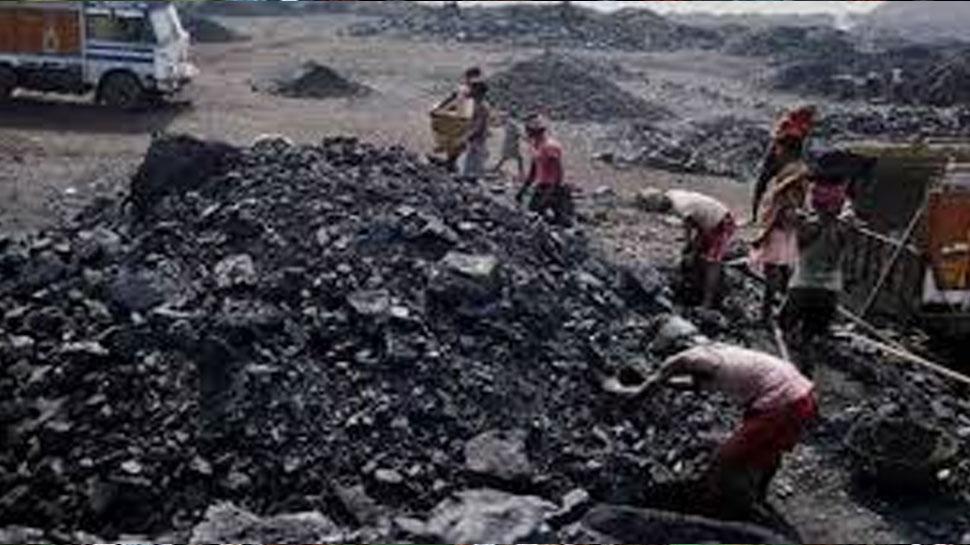 मेघालय: अवैध कोयला खदान में मिले दो खनिकों के शव, मालिक की तालाश जारी