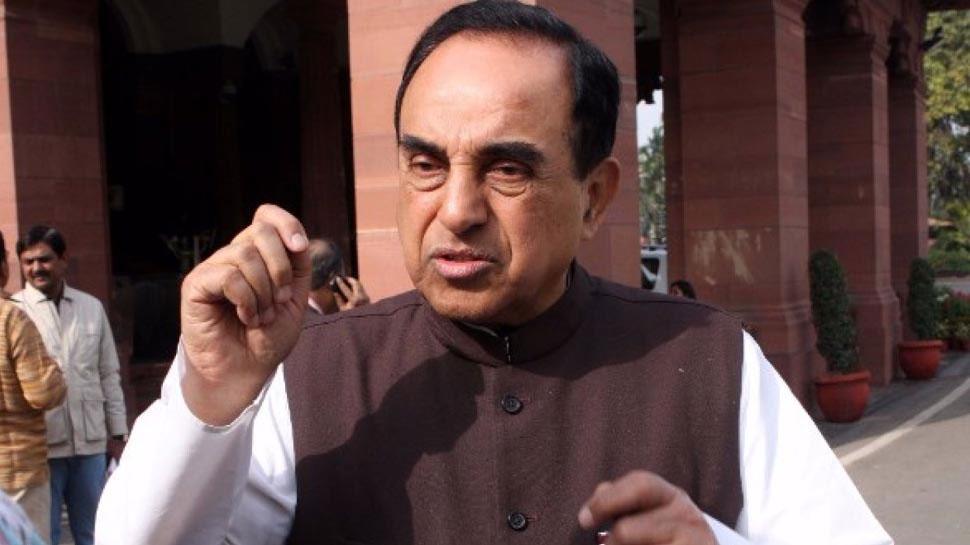 CBI मामले में PM मोदी को गुमराह करने वाले अधिकारियों के खिलाफ कार्रवाई हो: स्वामी