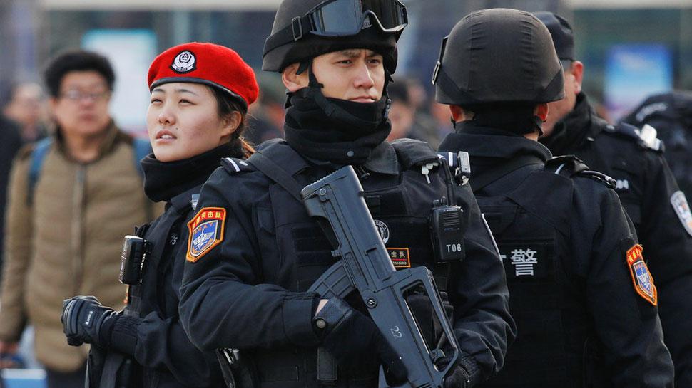 चीन: प्राइमरी स्कूल से निकाला गया था कर्मचारी, गुस्से में 20 बच्चों पर हथौड़े से किया हमला