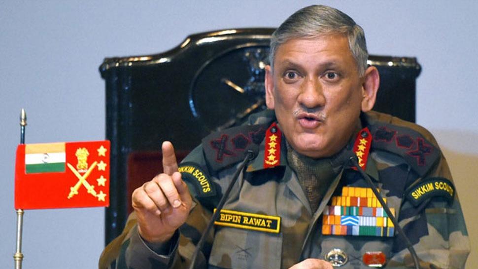 सेना प्रमुख ने कहा, 'सोशल मीडिया कट्टरपंथ को फैलाने का बन रहा है जरिया'