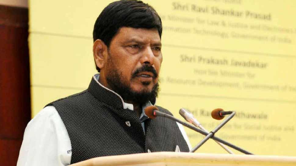 रामदास अठावले बोले, 'बेमेल है एसपी-बीएसपी गठबंधन,नहीं होगा सफल'