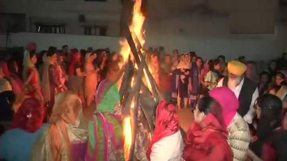 VIDEO: सीएम जयराम का नृत्य, लड़कियों ने किया गिद्धा; पंजाब-हिमाचल में मना लोहड़ी का जश्न
