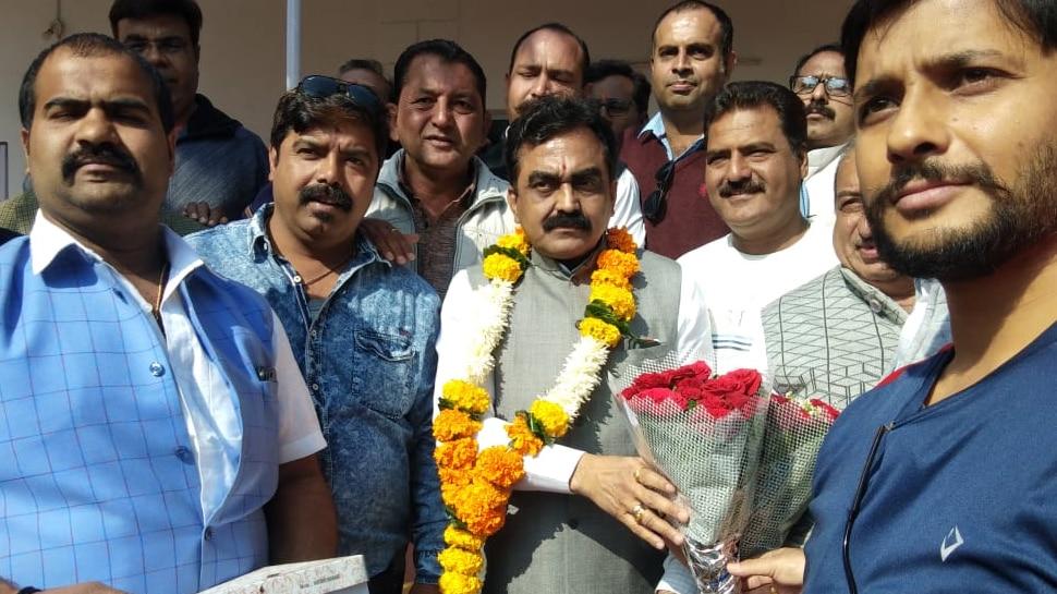 'BJP को विज्ञापन वाली सरकार कहने वाली कांग्रेस खुद कर रही कर्ज माफी का प्रचार:' राकेश सिंह