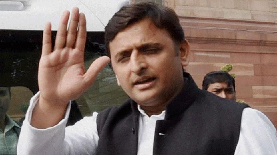 BJP ने यूपी में अपने प्रभारी को क्यों बदला? अखिलेश यादव ने बताई वजह