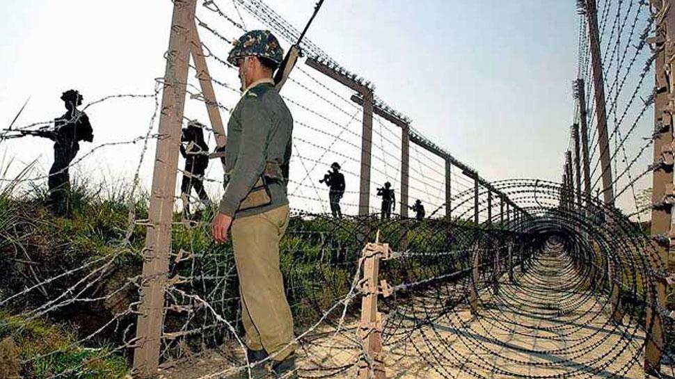 भारतीय सेना की जवाबी कार्रवाई से डरा पाकिस्तान, अपने पोस्ट पर जवानों की संख्या बढ़ाई