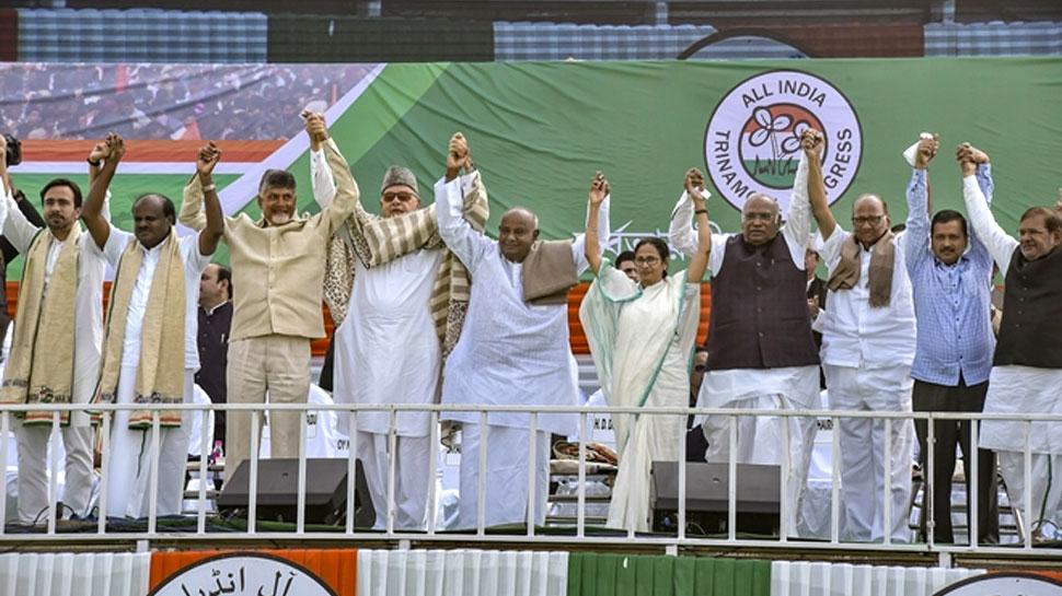 शिवसेना और कांग्रेस का दावा: विपक्ष की एकजुटता देख कर प्रधानमंत्री मोदी घबरा गए
