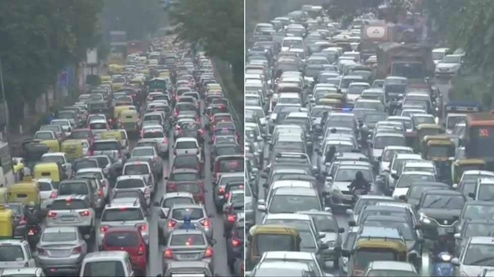 बारिश के बाद दिल्ली-NCR के कई इलाकों में लगा लंबा जाम, इन रास्तों पर जानें से बचें