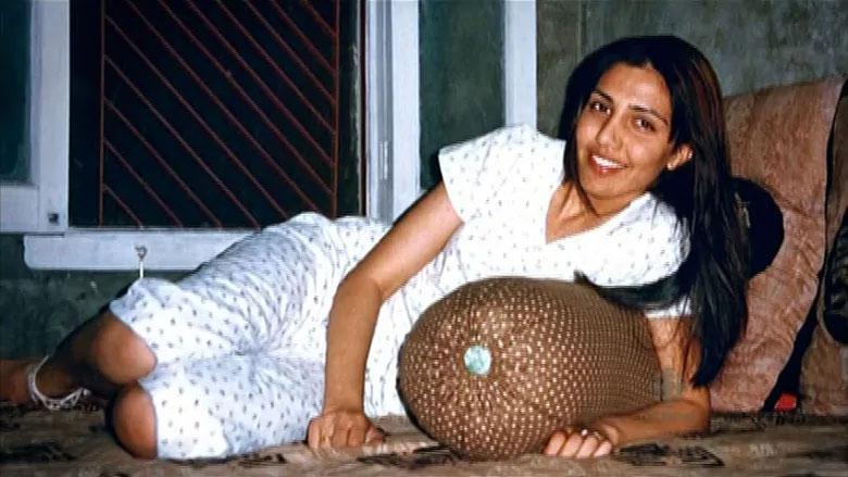 विदेश में पली-बढ़ी लड़की को ऑटो रिक्शा चालक से हुआ प्यार, कनाडा से लेकर भारत में हुई चर्चा और अब...
