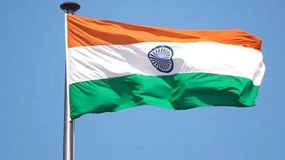 ठाणेः राष्ट्रीय ध्वज छपी टी-शर्ट बेच रहे थे दो लोग, मामला हुआ दर्ज