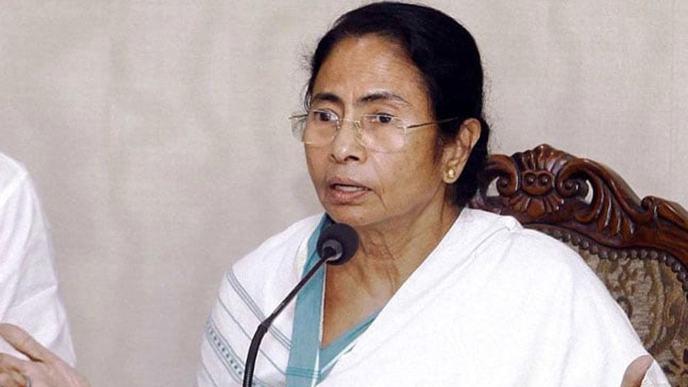 टीवी चैनलों को विरोधी दलों का स्टिंग ऑपरेशन करने पैसे दिए गए हैं: ममता बनर्जी