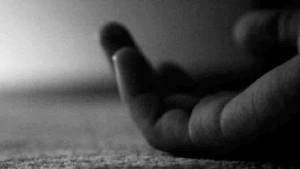 कोडरमा: प्रेमी जोड़े ने ट्रेन के आगे कूदकर की आत्महत्या, नहीं पहुंचे मृतक के परिजन
