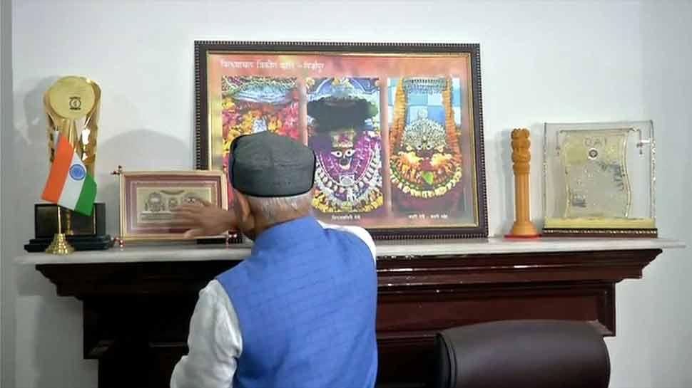 बजट से पहले वित्त राज्य मंत्री ने इस भगवान का लिया आशीर्वाद, बोले-'सबको कुछ ना कुछ मिलेगा'