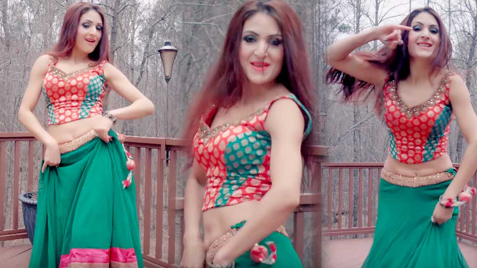 'छम्मा-छम्मा' गाने पर इस विदेशी लड़की ने लगाए देशी ठुमके, देखें VIDEO