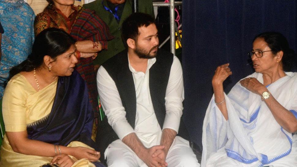CBI अमित शाह और उनके बेटे की क्यों नहीं करती जांच- जब ममता  मंच पर बोले तेजस्वी।