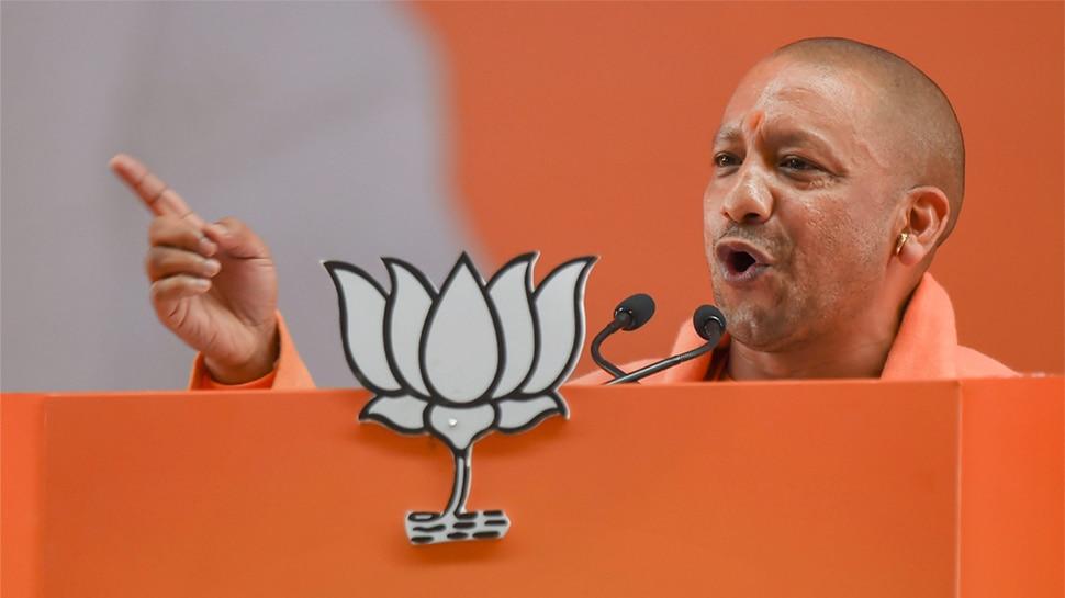 हेलीकॉप्टर लैंडिंग की नहीं मिली इजाजत, बंगाल जाने के लिए CM योगी ने चुना नया रास्ता