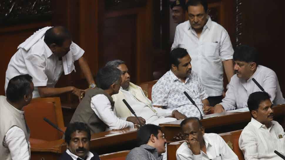 कर्नाटक: दूसरे दिन भी सदन में गैरहाजिर रहे कांग्रेस के 9 विधायक, BJP के संपर्क में होने की खबर