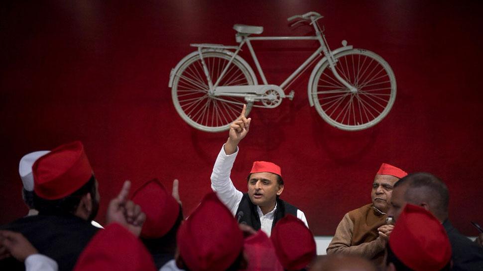 PM मोदी के 'महामिलावट' के बयान पर बोले अखिलेश, 'इसमें कौन कहां मिट जाएगा, पता नहीं'