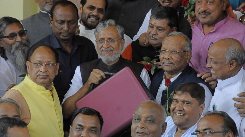 बिहार : सुशील मोदी आज सदन में पेश करेंगे बजट, 1.91 लाख करोड़ खर्च का अनुमान