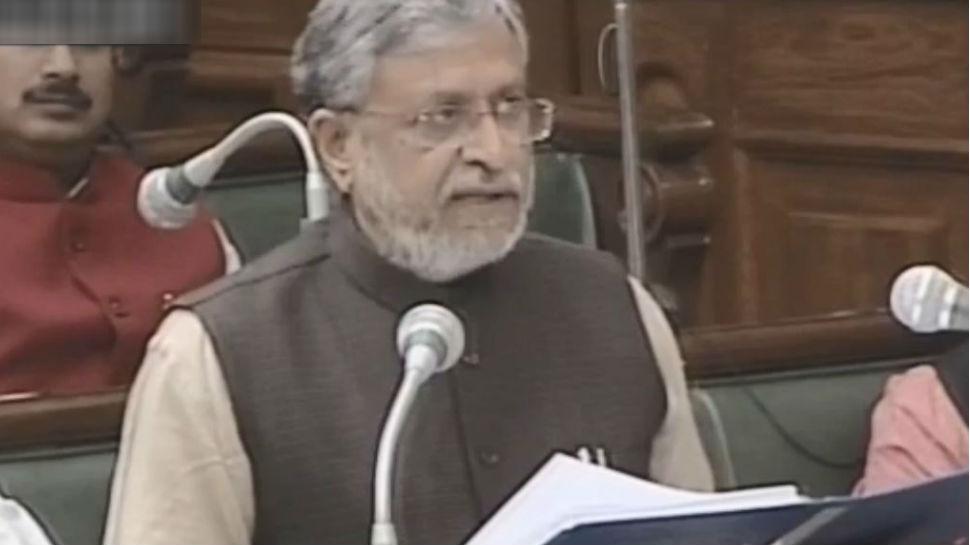 बिहार: सुशील कुमार मोदी ने पेश किया 2 लाख करोड़ का बजट, जानिए क्या है इसमें खास