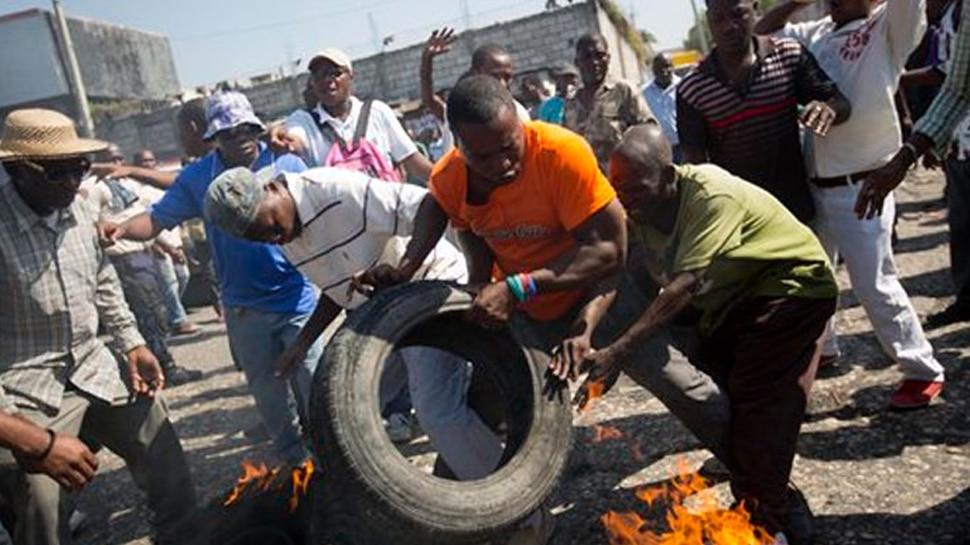 हैतीः विरोध प्रदर्शन का फायदा उठाकर जेल से भागे करीब 80 कैदी