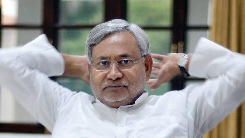 पटना: नीतीश कुमार के वंशवाद के बयान पर RJD का तंज, कहा- 'जिसके वंश में कोई नहीं वो क्या कहेंगे'