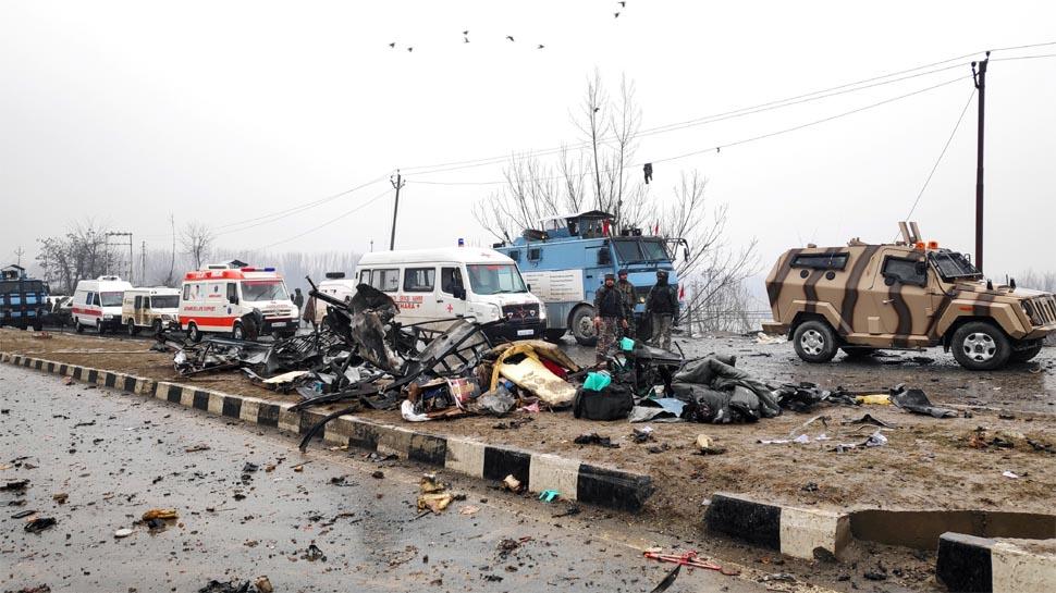 https://hindi.cdn.zeenews.com/hindi/sites/default/files/2019/02/14/349546-pulwama-attack-reuters.jpg