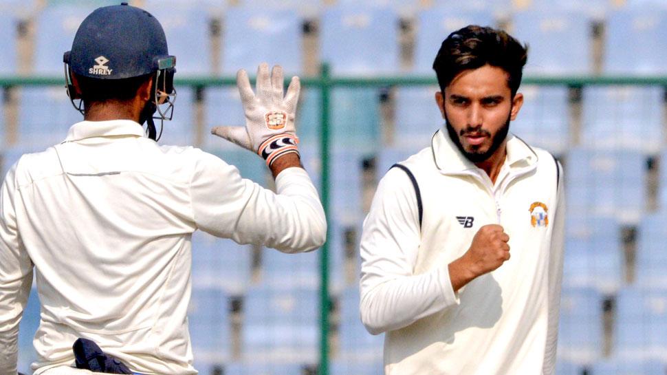 मयंक मार्कंडेय के पंजे में फंसे इंग्लैंड के 'लायंस', भारत ए ने पारी के अंतर से हराया