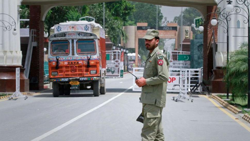 एक और झटका: पाकिस्तान से 'मोस्ट फेवर्ड नेशन' का दर्जा छीनने के बाद व्यापार प्रतिबंध पर विचार