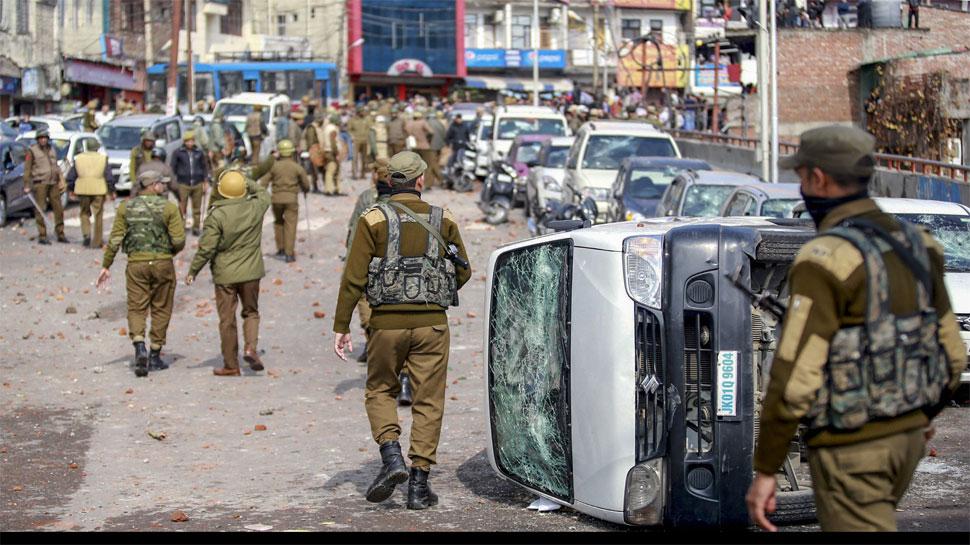 पुलवामा आतंकी हमला: ब्रिटेन ने अपने नागरिकों से कहा- पाकिस्तान सीमा के पास मत जाना