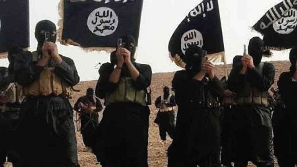 IS के आखिरी गढ़ में कार्रवाई में नागरिकों की वजह से हो रही है देरी : सैन्यबल
