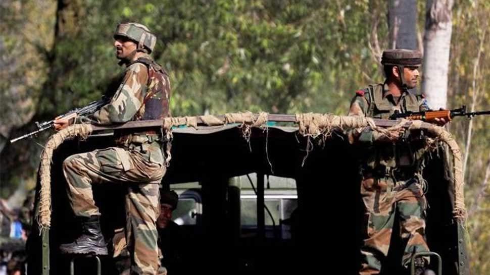 पुलवामा हमले के बाद कश्मीरी लोगों की मदद के लिए आगे आई CRPF, जारी किए हेल्पलाइन नंबर