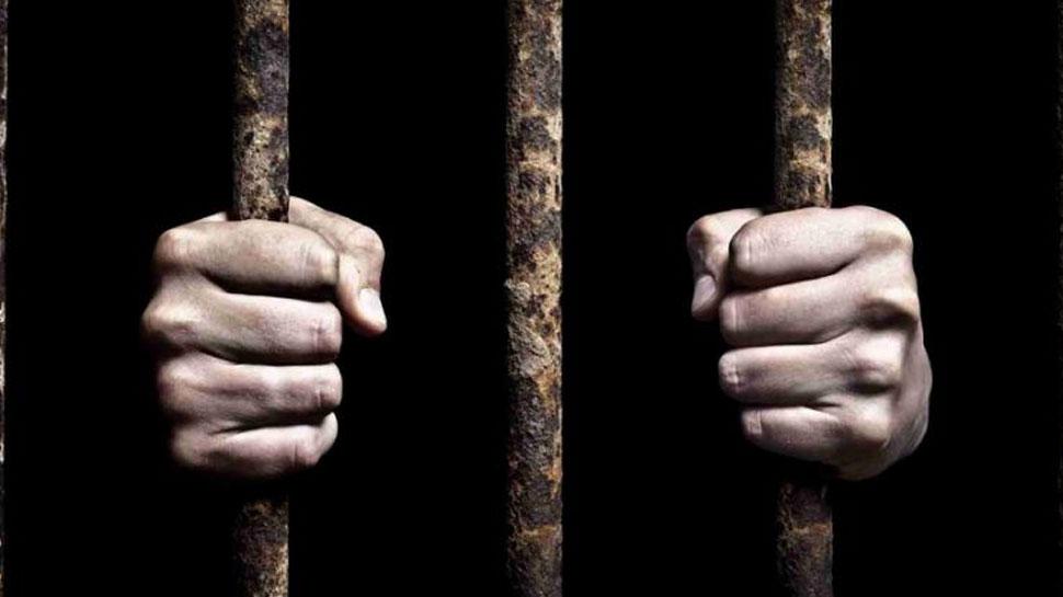 Facebook पर डाली देश विरोधी पोस्ट, लिखा- 'भूलो मत, पाकिस्तान के पास परमाणु है', भेजा गया जेल