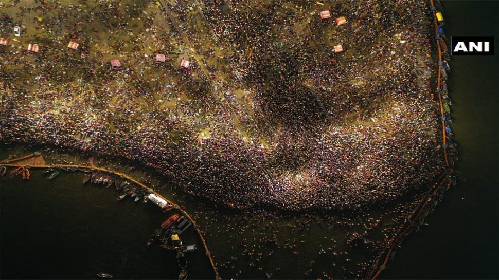 माघी पूर्णिमा पर 1.25 करोड़ श्रद्धालुओं ने लगाई गंगा और संगम में डुबकी