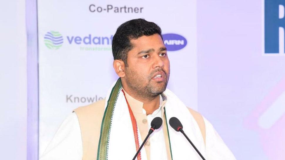राजस्थान: खेल मंत्री अशोक चंदाना पर अधिकारी से मारपीट का आरोप, एक्शन न लेने पर किया विरोध