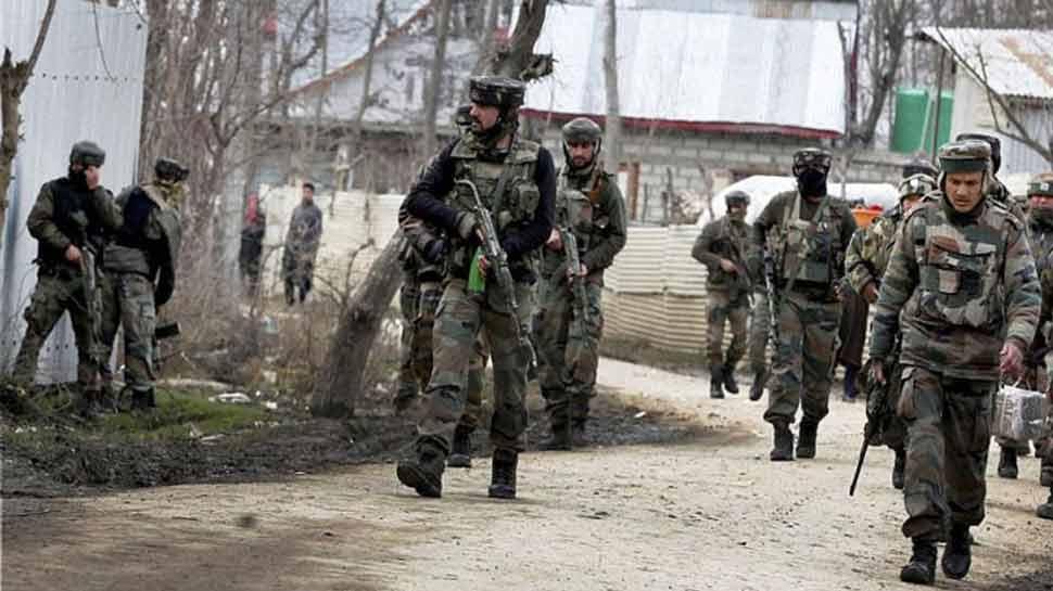 कश्मीर में सैनिकों की सुरक्षा को लेकर सरकार का बड़ा फैसला, अब हवाई मार्ग से श्रीनगर जाएंगे जवान
