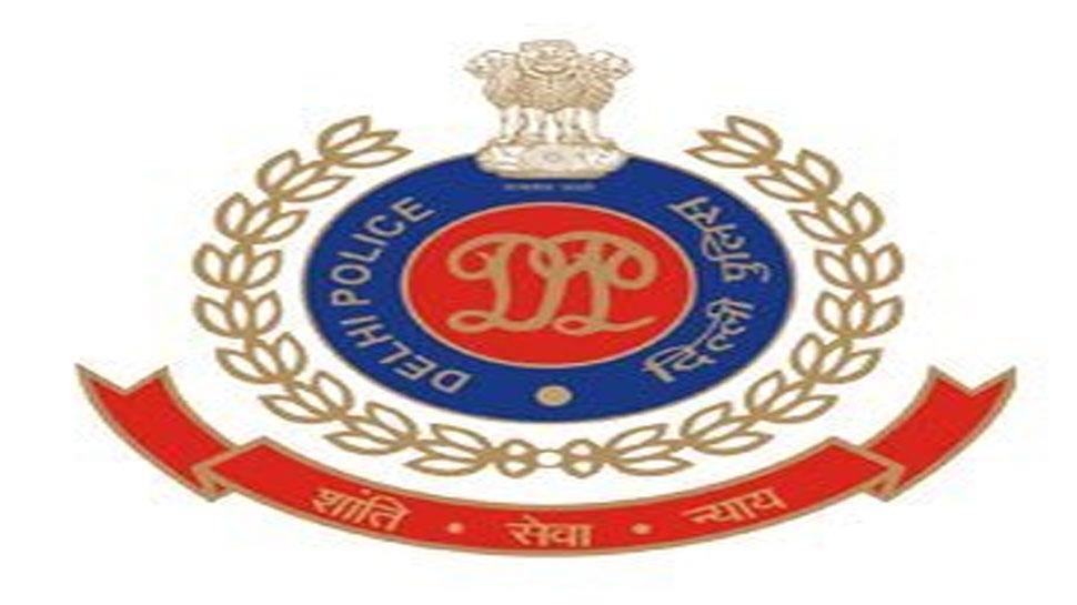 पुलवामा हमला: दिल्ली पुलिस ने शहीदों के परिवारों के लिए एक करोड़ रुपये का दान दिया