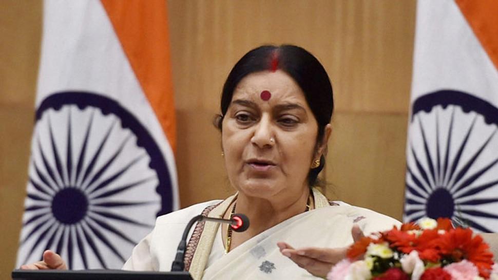 ब्रिटेन के मंत्री ने सुषमा स्वराज, कुरैशी से बात की, कहा- तनाव और बढ़ने से रोका जाए