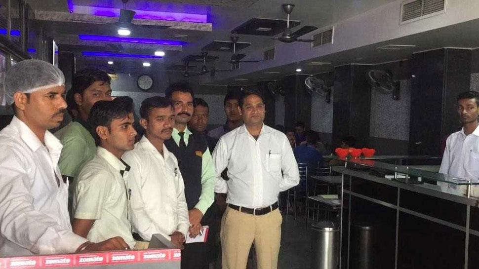 कोटा: भारत- पाक के बीच युद्ध हुआ तो होटल व्यवसायी देगा खाना -पीना फ्री
