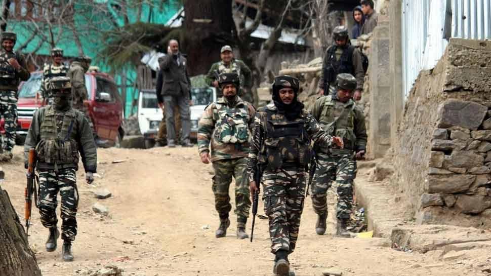 जम्मू कश्मीरः कुपवाड़ा में सुरक्षाबलों ने 2 आतंकियों को किया ढेर, 5 घंटे चला एनकाउंटर