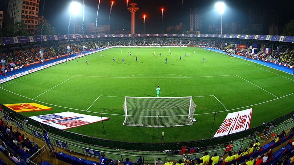 Indian Super League-5: आज मुबंई और पुणे की भिड़ंत, प्लेऑफ में जाना चाहेगी मेजबान टीम