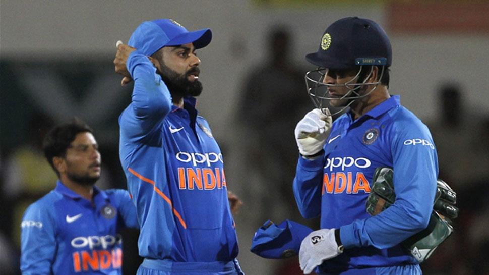 मैच के बाद कोहली का खुलासा, धोनी और रोहित शर्मा के इस फैसले में पलटी बाजी