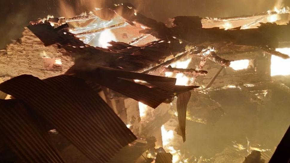 शिमला : गांव में लगी भीषण आग, 7 घर जलकर हुए स्वाह