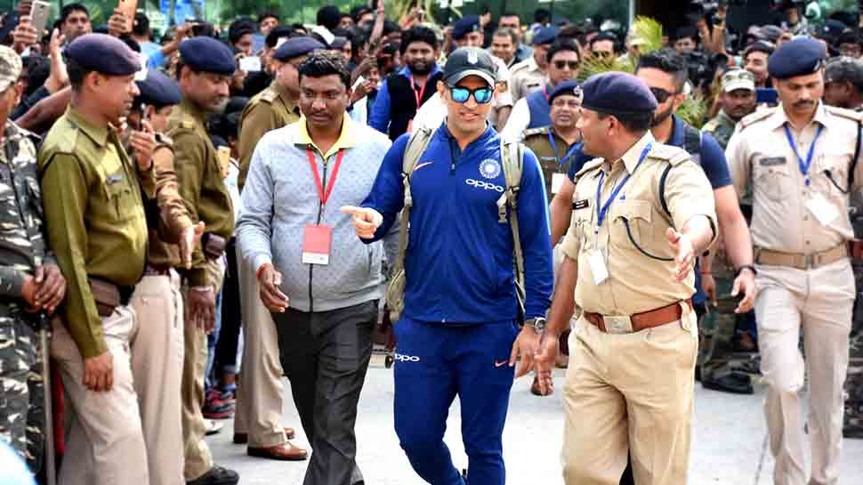 रांची वनडे: एमएस धोनी 8 मार्च को अपने घरेलू मैदान पर खेलेंगे 'विदाई मैच'!